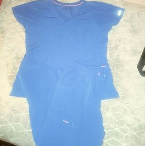 SCRUB SET BY MED COUTURE AIR, ROYAL BLUE MED